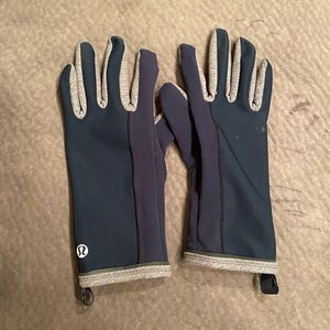 Lululemon gloves